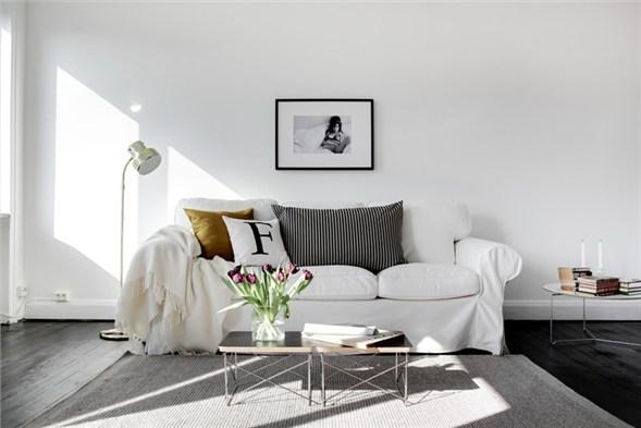 small-white-apartment-one5